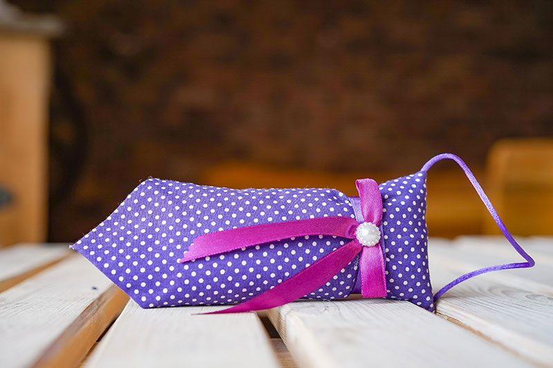 Krawat lawendowy